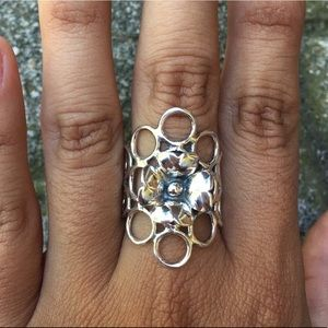 Peruvian Silver Burn Flower and Bubble Ring